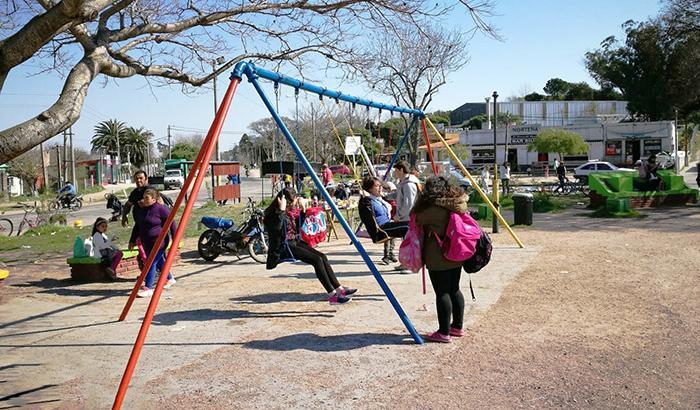 Acondicionamiento de Plaza Don Bosco ubicada en Ruta 8 y Cno Repeto.
