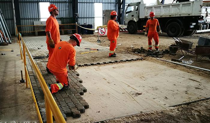 Se realizó el piso en hormigón en Base Operativa del Municipio.