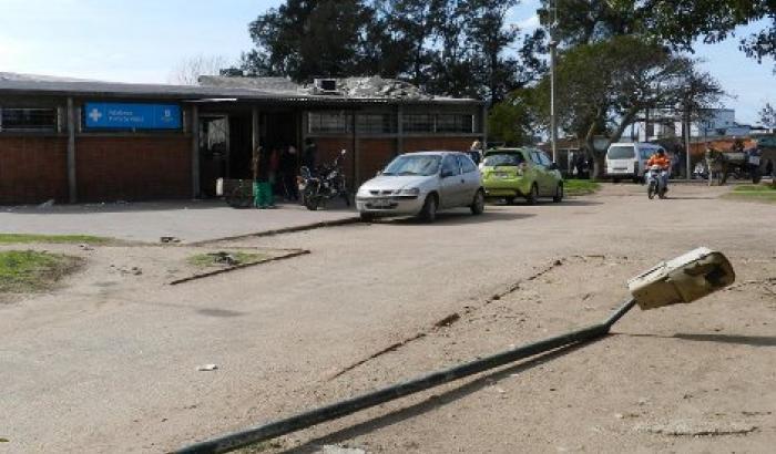 Luminarias en Policlínica Punta de Rieles